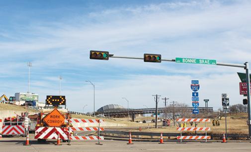 Brief: Fiery 18-wheeler crash shuts down I-35 access road