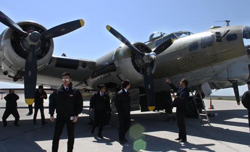Tour showcases World War II, Vietnam planes