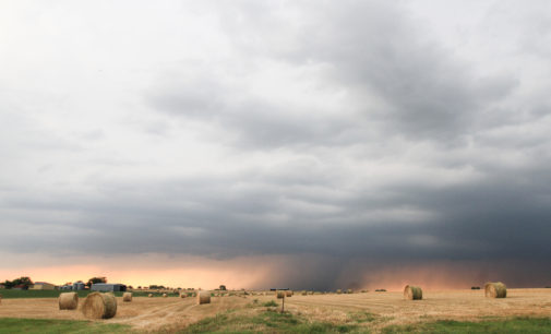 Deadly tornado rips apart Oklahoma town, severe weather in north Texas