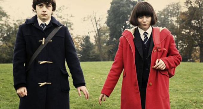 "Netflix Review: ""Submarine"""