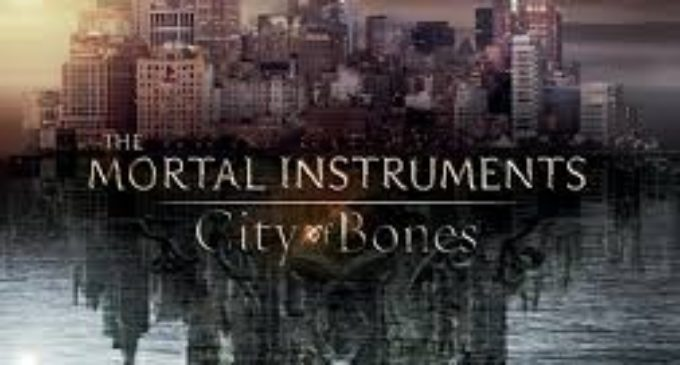 "Review: ""Mortal Instruments: City of Bones"""
