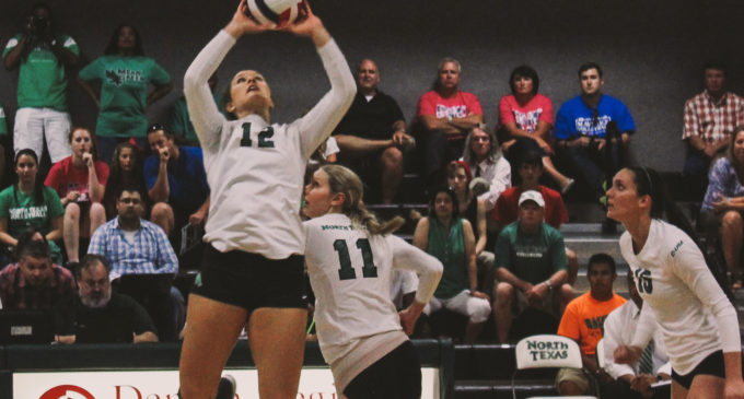 Volleyball kicks off weekend tourney in Denton