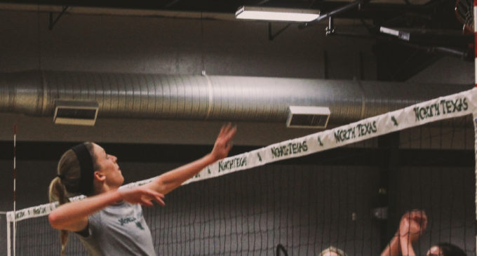 UNT volleyball team anticipates weekend home games