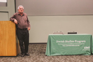 Professor Yoav Gelber speaks to students on Wednesday afternoon in the Eagle Student Services Center. Professor Gelber is head of the Nevzlin center for the Jewish people hood, interdisciplinary center in Herzliya Israel. Photo by Annette Arroyo / Contributing Photographer