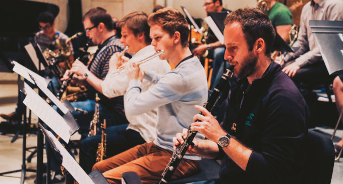 Union construction doesn't stop jazz band