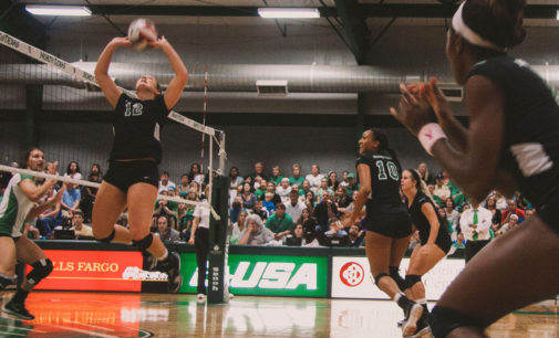 Brief: UNT volleyball's momentum falters in weekend matches