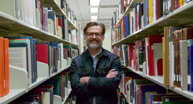 Bearded UNT librarian becomes face of helpful trend