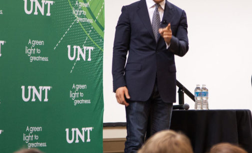 LGBT activist Dan Choi engages audience of 300 at UNT