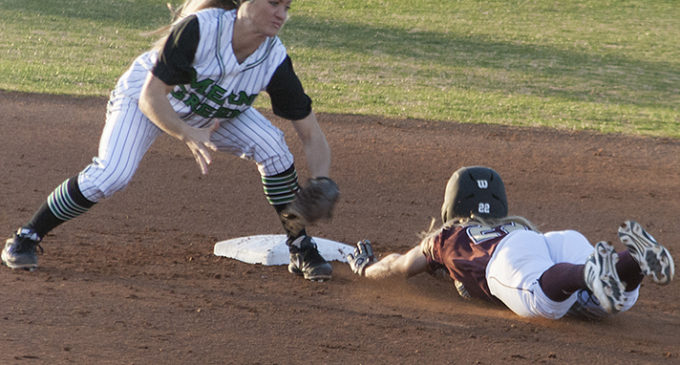 Brief: Mean Green softball suffers back-to-back losses, 11-game win streak snapped