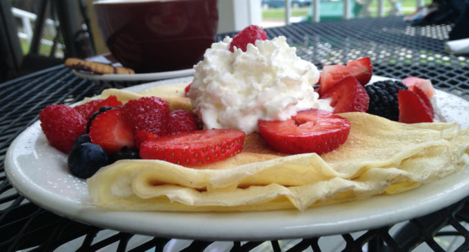 Denton Eats: Cups and Crepes