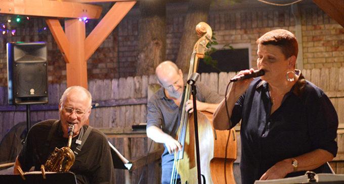 Denton coffee shop offers evening of jazz