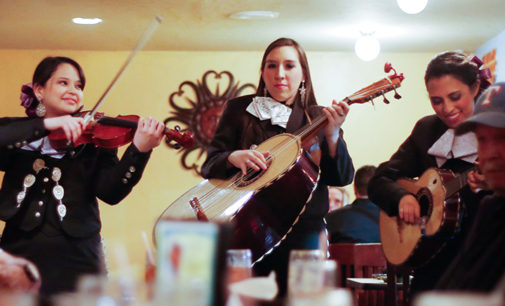 Renowned mariachi group visits UNT for summer camp