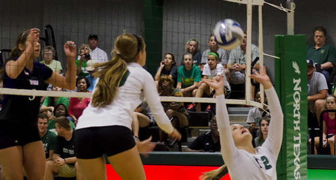 Volleyball loses third straight match