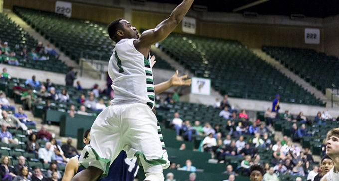 Men's basketball overcomes Rice three-point barrage for win