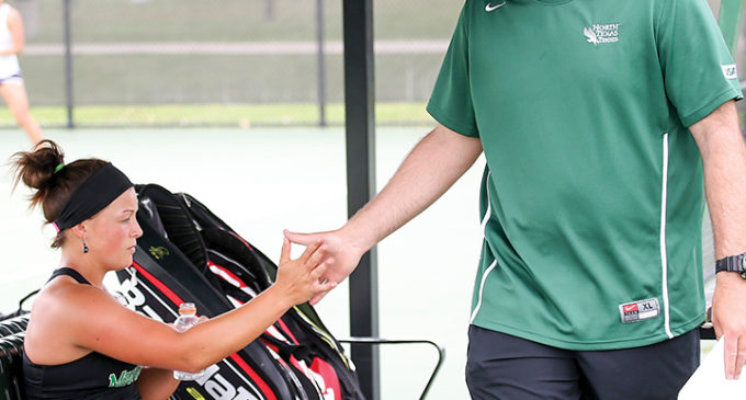 Tennis coach brings reciprocal style to team