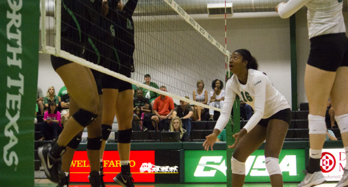 Preview: Volleyball team looks to build on last year's late-season push