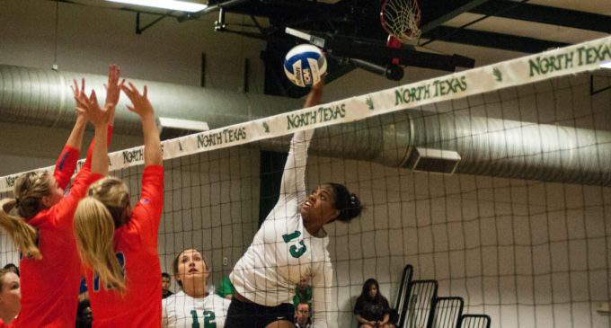 Volleyball team goes 3-0 over weekend at Tulsa Volleyball Invitational