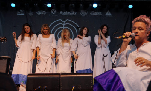 The Dose: Polyphonic Spree thrills, unites audience