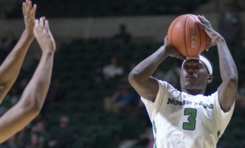 Men's basketball dominates in season opener
