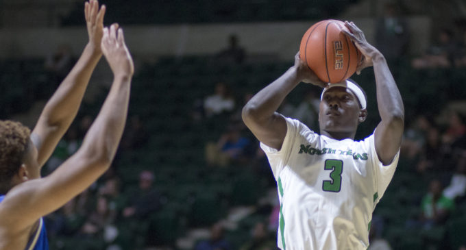 Second straight 100-point game has men's basketball team confident