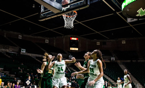 Women's basketball drops season opener despite comeback
