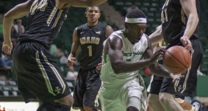 Early foul trouble hinders men's basketball offense in loss to Idaho