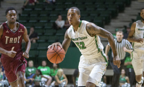 Men's basketball can't contain Troy in second half, lose third straight