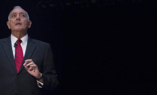 Joe Navarro discusses his 25 years with FBI