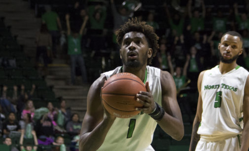 Men's basketball routes Mississippi Valley State for second straight win