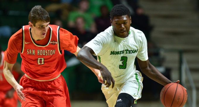 Men's basketball ends non-conference schedule with win over Sam Houston State