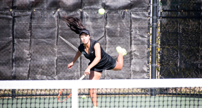 Tennis can't overcome undefeated Kansas, loses third straight