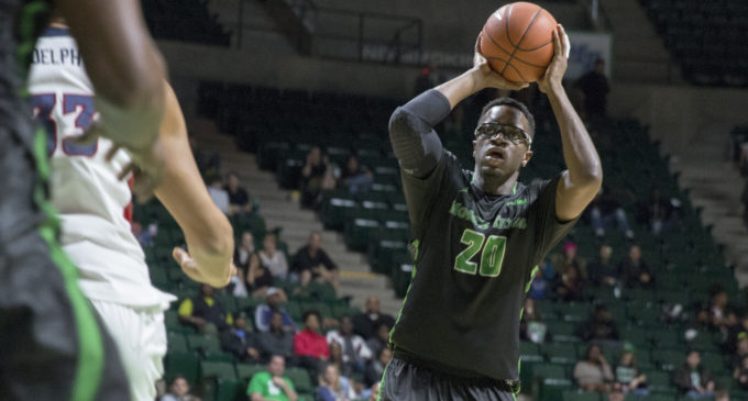 Men's basketball downs FAU for fourth straight home victory