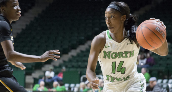 Women's basketball knocks off Southern Miss on senior day