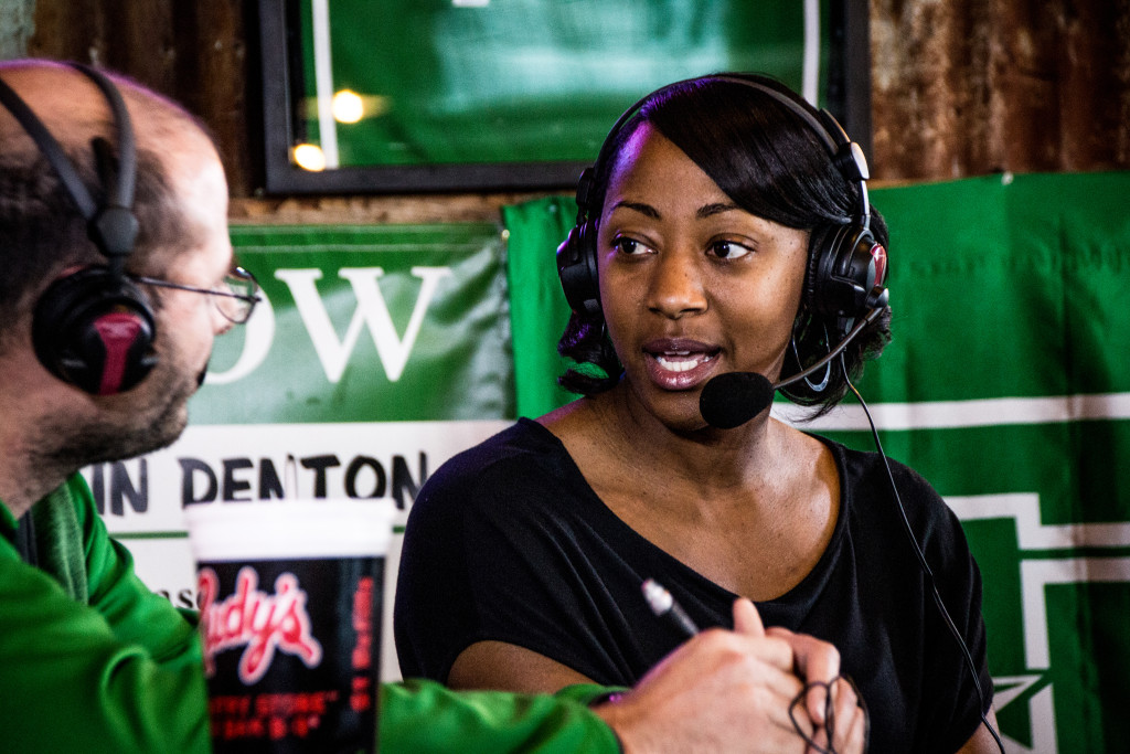 North Texas women's basketball head coach Jalie Mitchell talks with Steven Bartolotta on the Coach's Show at Rudy's BBQ. Dylan Nadwodny | Staff Photographer