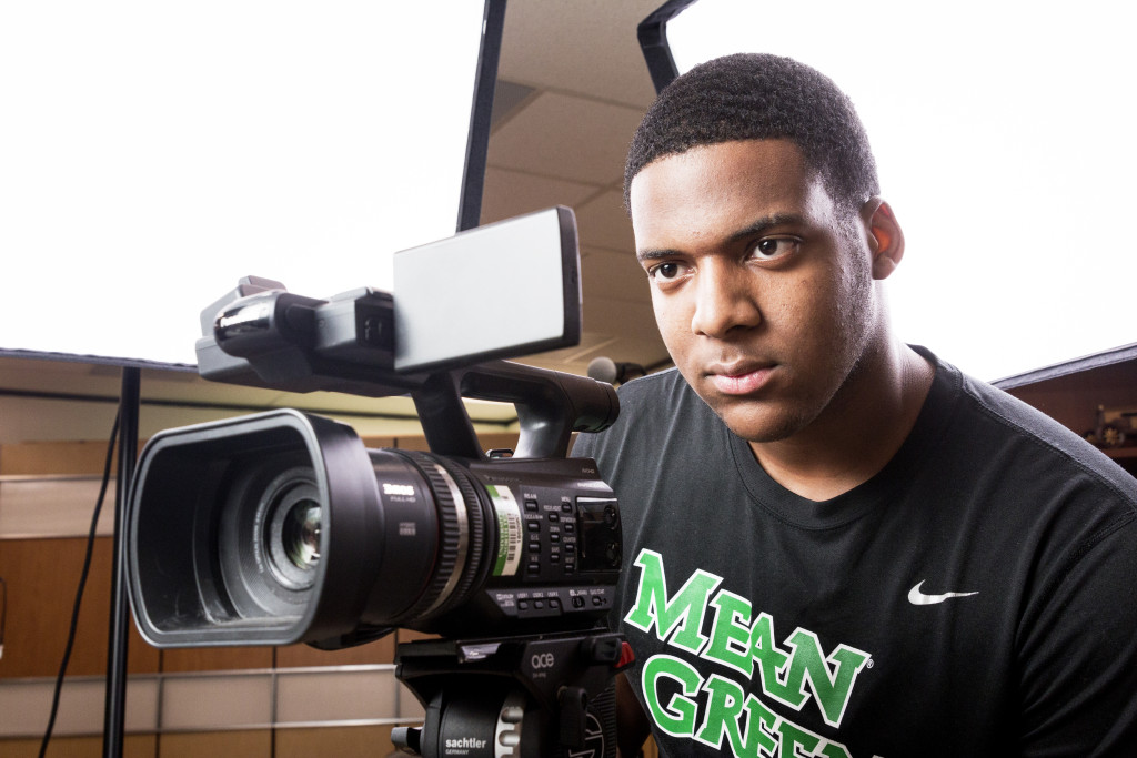 Broadcast journalism junior Dominick Walker had to give up football because of conflicting schedules with class and practice. Colin Mitchell | Senior Staff Photographer