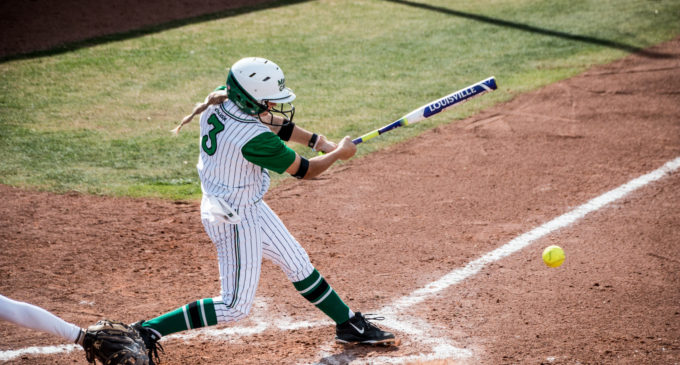 Softball completes undefeated weekend at Mean Green Spring Fling