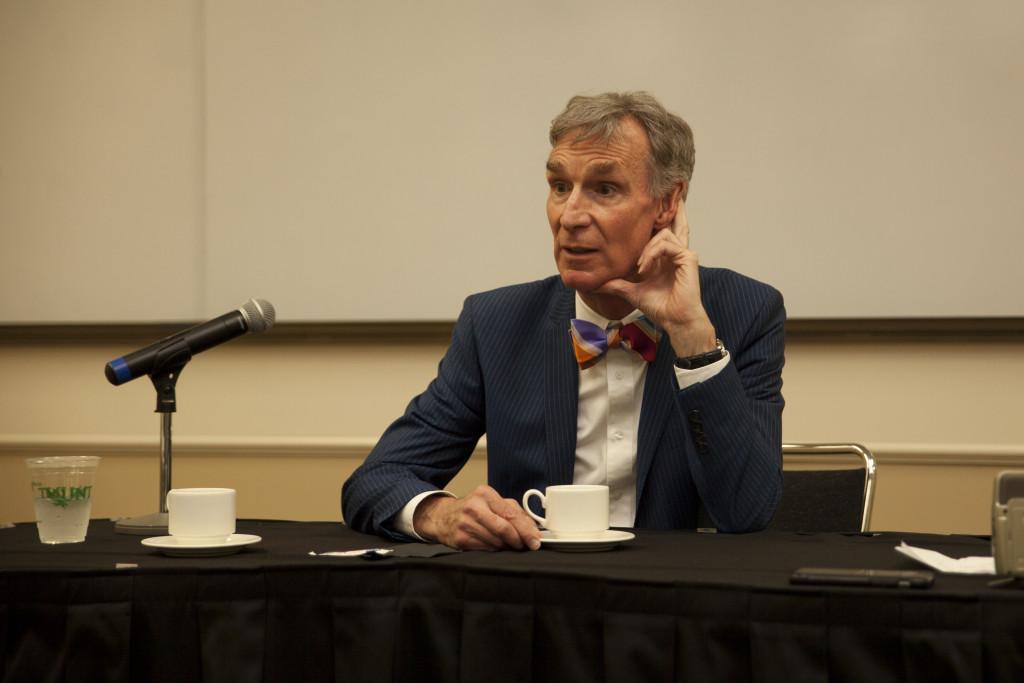 Bill Nye Kristen Watson | Visuals Editor
