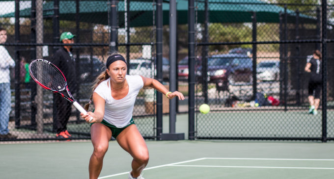 Tennis fails to complete comeback in loss to Washington State