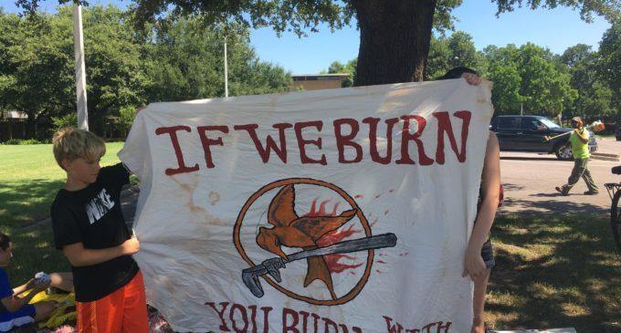 Renewable Denton Plan detractors protest outside City Hall