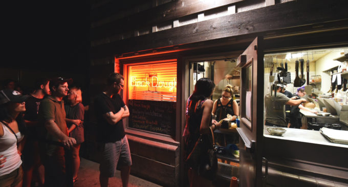 North Texans flock to late-night doughnut fix behind Queenie's