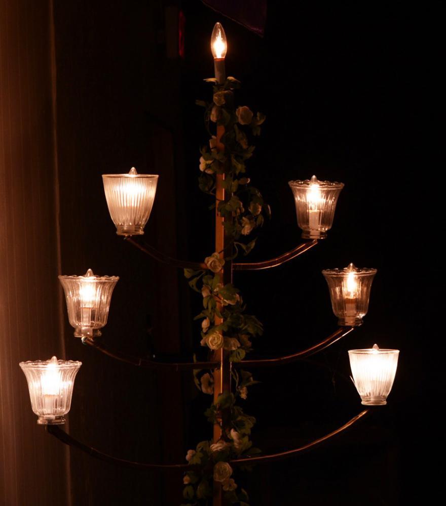 Lights flicker. Kristina Uresti | Staff Photographer