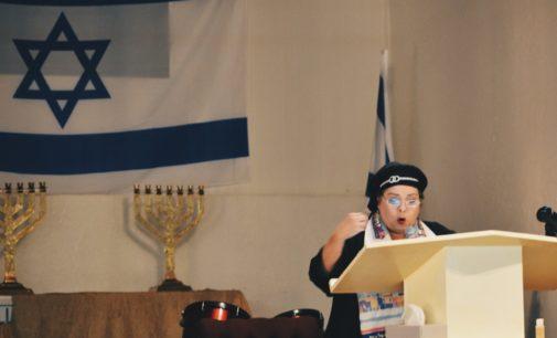 Rabbi-to-be defies dogma at Denton's Bethel Temple Fellowship