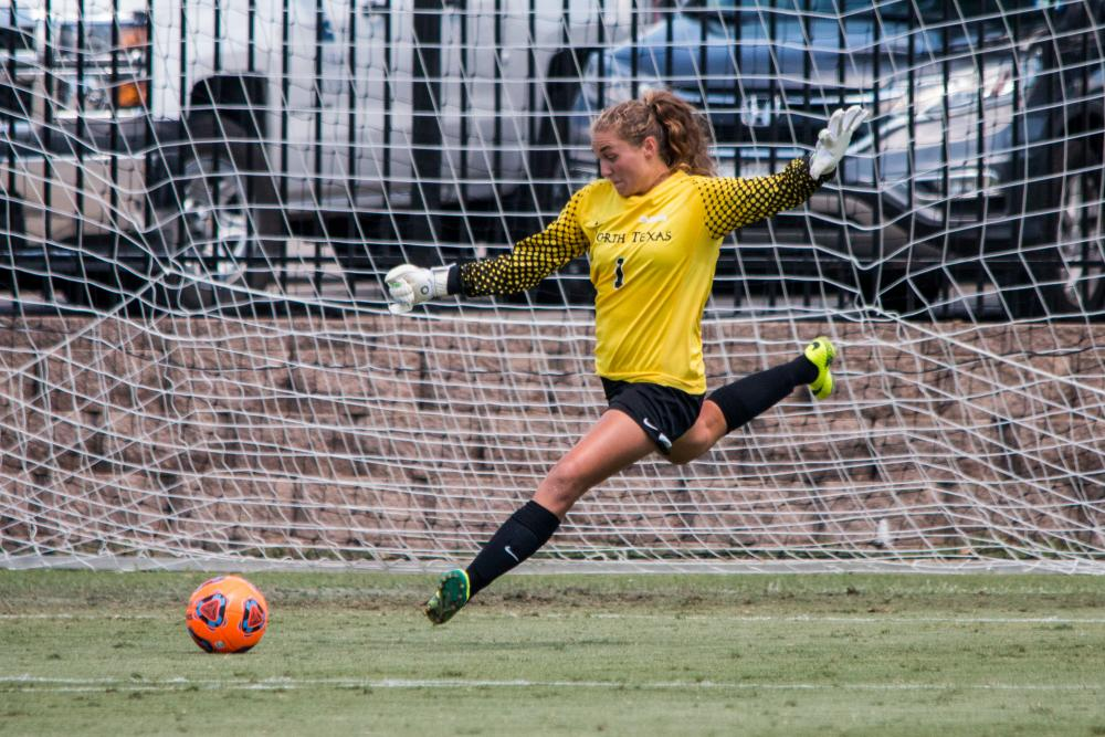 Sophomore goalkeeper Bradley ready to replace Kerestine in ...