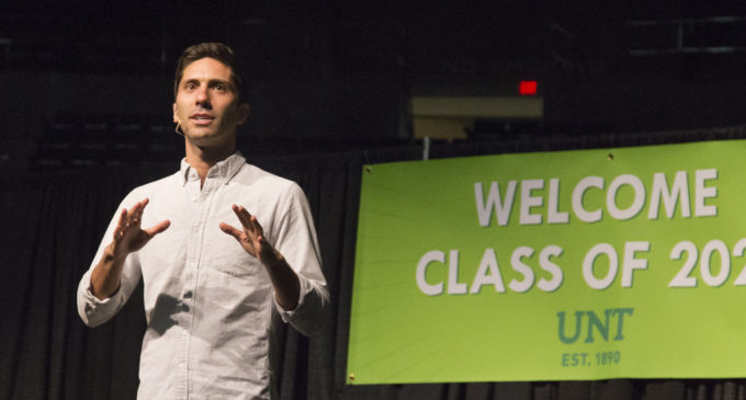 MTV's Catfish host Nev Schulman speaks to crowd at UNT