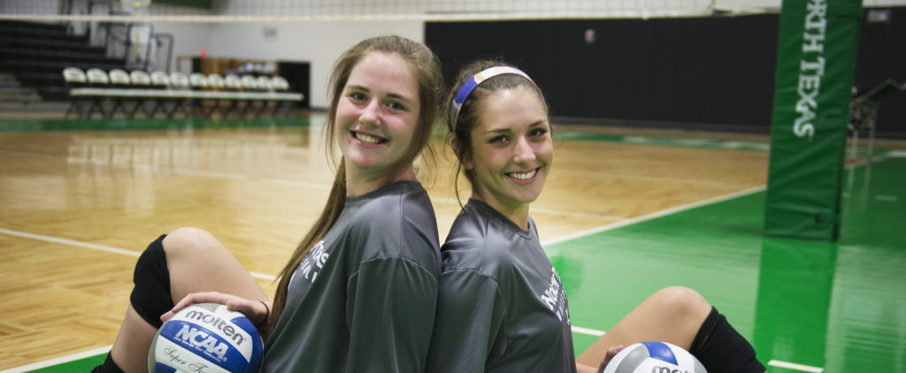 High school teammates bryncaitlin walker and karley york for Courtney walker san antonio