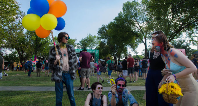 Oaktopia Atmosphere Mixes Traditional Festival-Style with Comfort