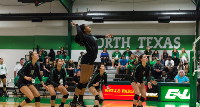 North Texas volleyball drops second road game this weekend
