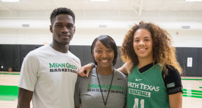 Duncanville dynasty: women's basketball tapping into a high school powerhouse
