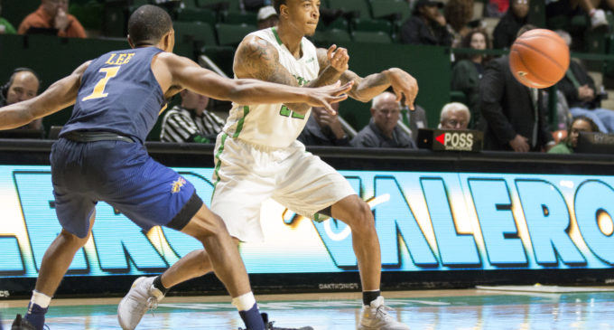 Men's basketball fails to respond to early run in blowout loss at home