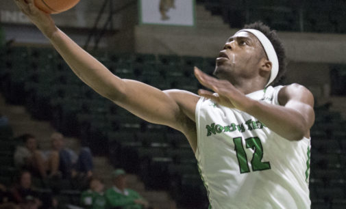 Late turnovers cost men's basketball chance at win in regular season finale
